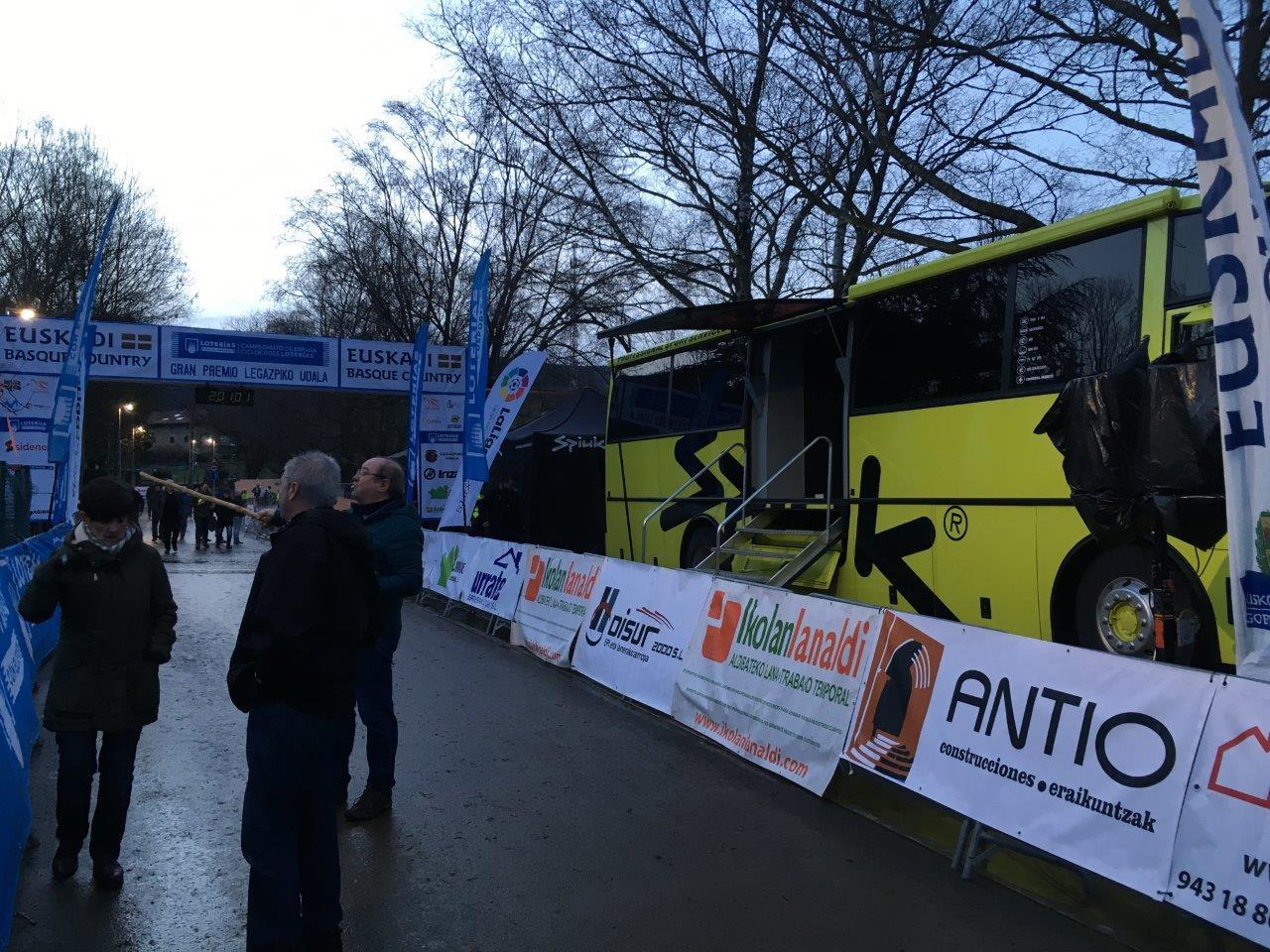 2020-Bus_Oficina (3)